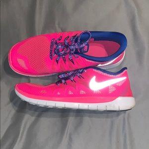 Size 7 Youth  Nike